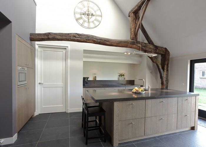 Thijs van de wouw keukens eiken design - Keuken in het oude huis ...