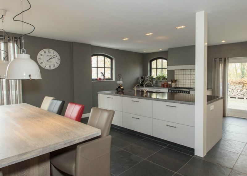 Thijs van de wouw keukens klassiek strak for Klassiek en modern interieur combineren