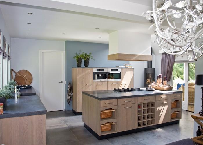 Thijs van de wouw keukens moderne luxe - Grote keuken met kookeiland ...