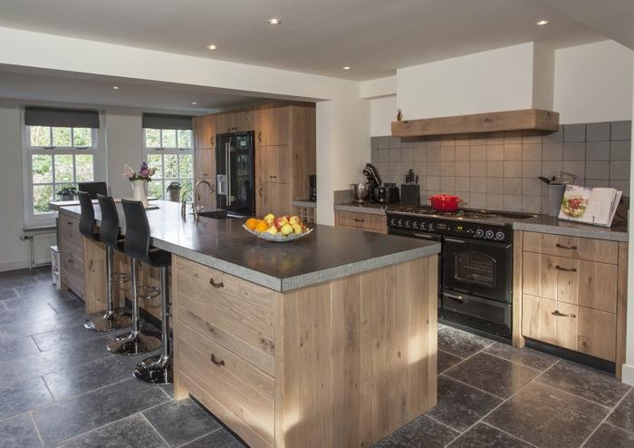 Keuken Landelijk Hout : Thijs van de Wouw Keukens – Oud Eiken