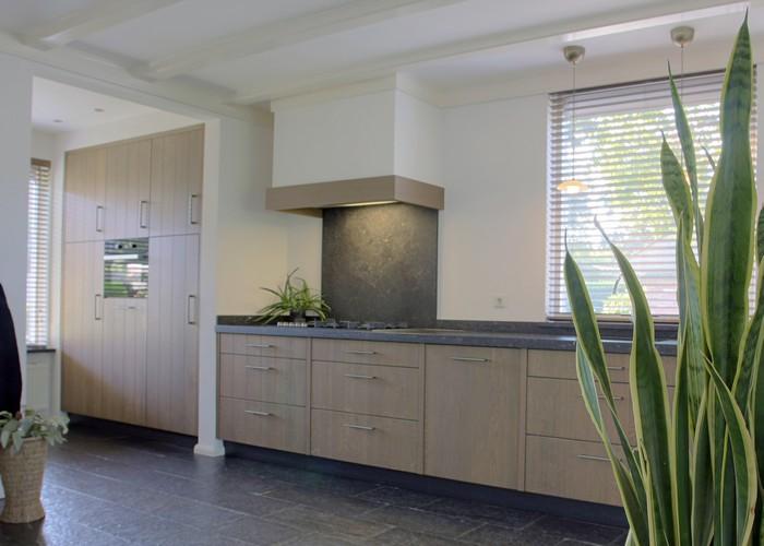 Keuken Kastenwand Met Nis : Thijs van de Wouw Keukens – Strak Design