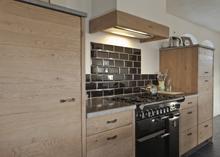 Zwart Keuken Fornuis : Thijs van de wouw keukens landelijk zwart met eiken