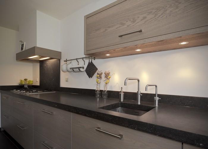Thijs van de wouw keukens modern warm eiken - Moderne keukenfotos ...